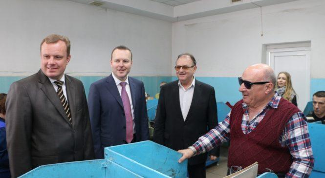 Депутат Госдумы России посетил ООО «Юг Интер-Пак»