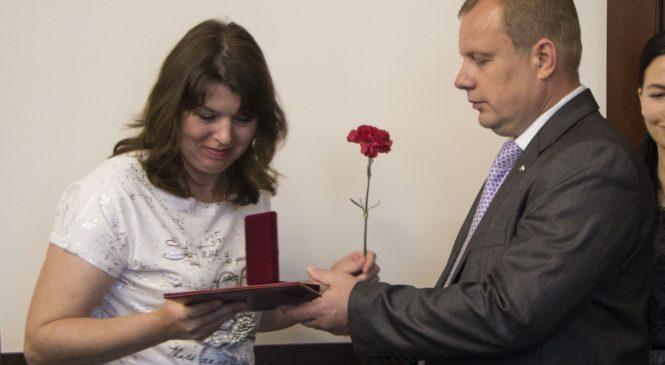 Керченских медиков благодарят за помощь в трагедии в Керченском колледже