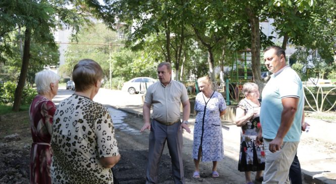 Глава муниципального образования провел встречу в районе «Марат-4»