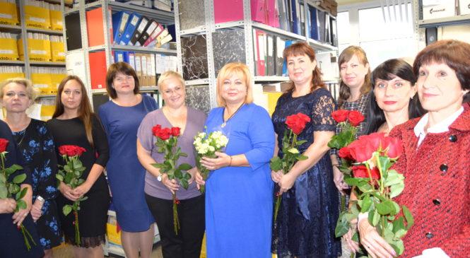Глава муниципального образования Мая ХУЖИНА поздравила Керченский городской архив с 95-летним юбилеем