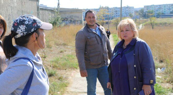 Глава муниципального образования провела объезд округа № 8 по проблемным вопросам