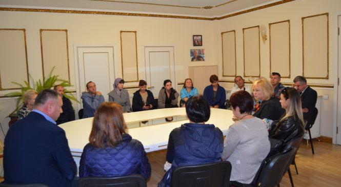 Мая ХУЖИНА встретилась с родственниками погибших в Политехническом колледже