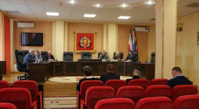 На заседании Общественного совета обсудили коммунальные тарифы и строительство завода по переработке ТБО