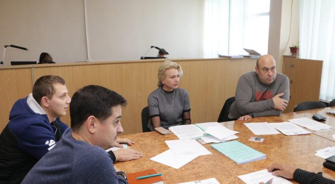 В преддверии очередной сессии депутаты горсовета проводят заседания постоянных комиссий
