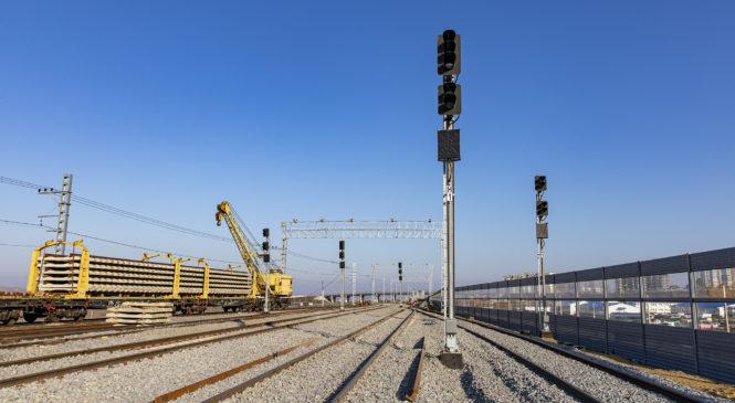 Станции у Крымского моста: на Тамань-Пассажирской и Керчь-Южной настраивают железнодорожную автоматику