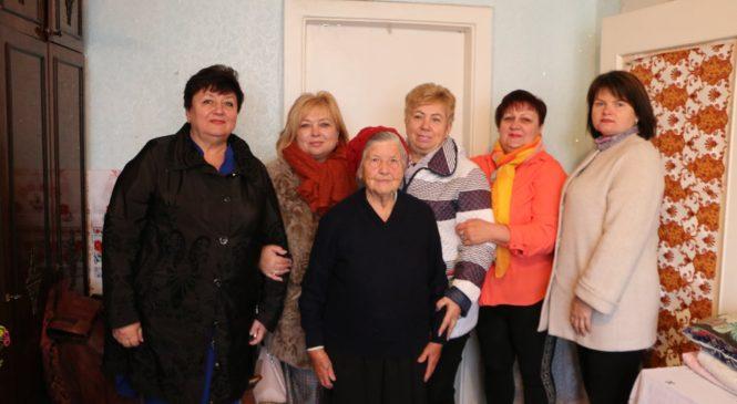 90-летний юбилей отметила ветеран ВОВ Мария Михайловна КЛЕЩЕНКО