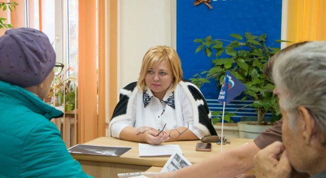 Мая ХУЖИНА провела прием граждан по личным вопросам