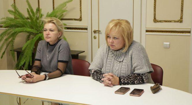 Глава муниципального образования провела совещание с представителями управления образования