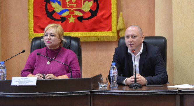 В Керчи прошло заседание Консультативного Совета по межнациональным и межконфессиональным отношениям