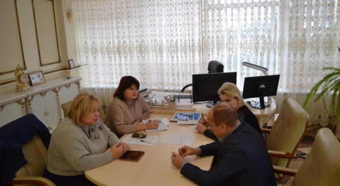 Мая ХУЖИНА встретилась с начальником межрайонной инспекции ФНС России №7 по Республике Крым