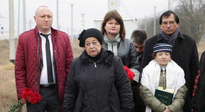 В Керчи вспоминают годовщину трагедии Багеровского рва