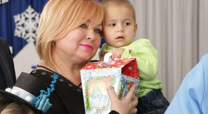 Мая ХУЖИНА поздравила воспитанников интерната с Днем Святого Николая