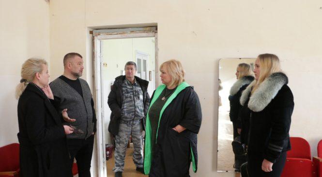 Мая ХУЖИНА выехала разобраться в ситуации по жалобе общественной организации казаков