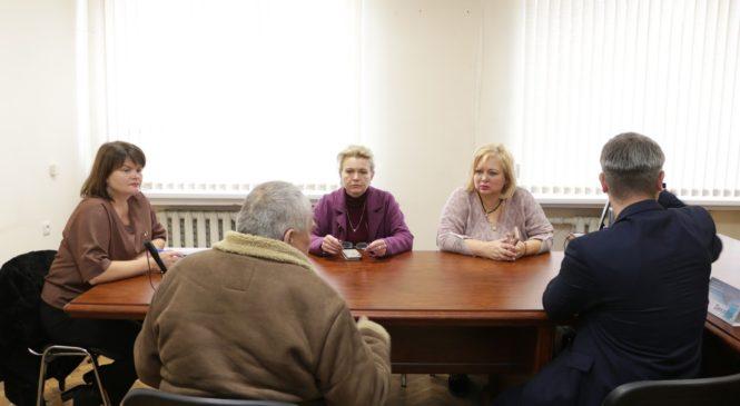 Городские власти обеспечат уход за пожилым человеком