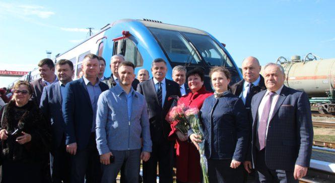 В Керчи стартовало пригородное пассажирское железнодорожное сообщение Анапа – Керчь