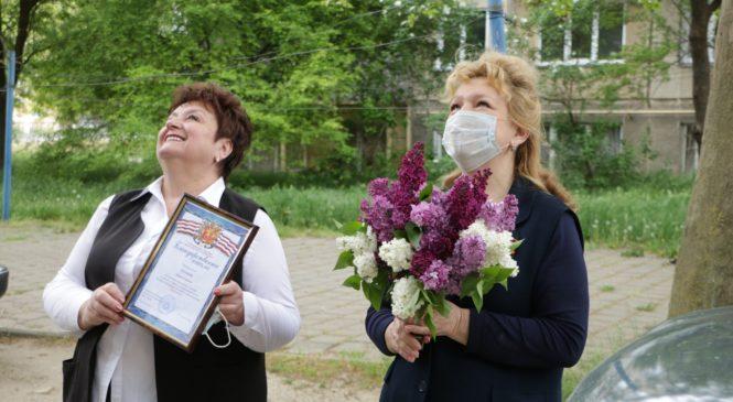 Депутаты городского совета поздравили с Днем Победы блокадницу Лидию ТЮТЮННИК