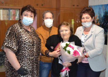 Ольга СОЛОДИЛОВА поздравила ветерана ВОВ с 95-летним юбилеем