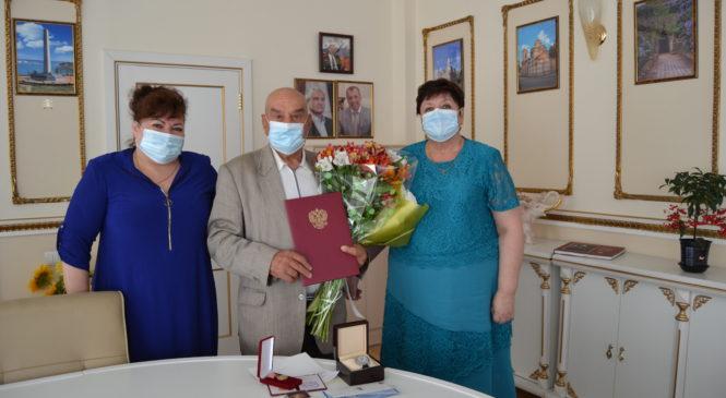 Депутата горсовета Федора КОЗЛОВА поздравили с Днем рождения
