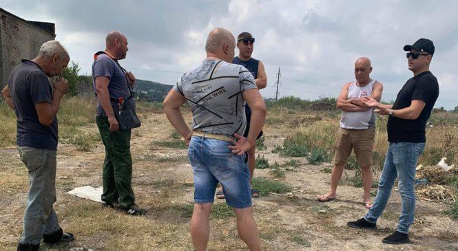 Депутат по округу №6 Вадим КУТУЗОВ провел встречу с жителями улицы Полевой