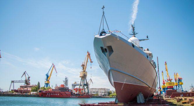 В Керчи на заводе «Залив» спущен на воду малый ракетный корабль «Циклон»