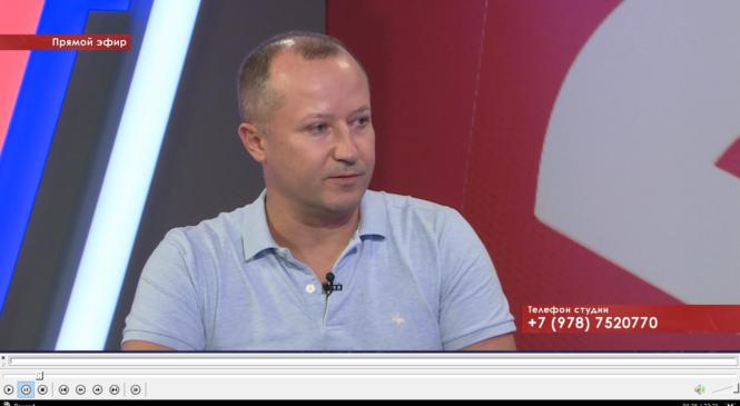 Депутат горсовета Вадим КУТУЗОВ ответил на вопросы керчан по округу №6 в прямом эфире на канале «Крым 24»