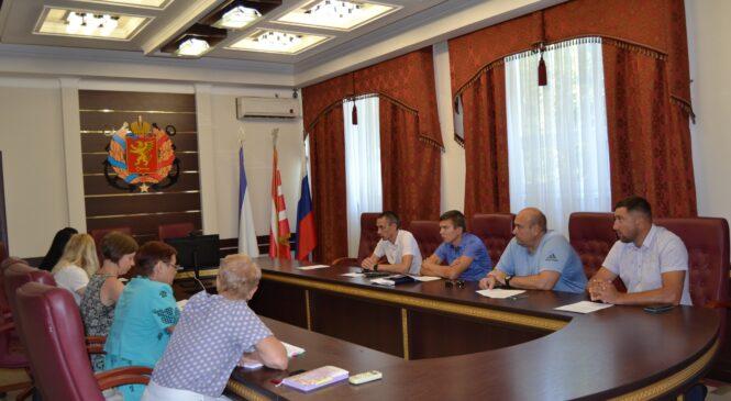 В горсовете прошли общественные обсуждения по вопросам изменения вида разрешенного использования земельных участков