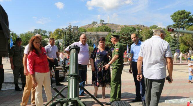 В Керчи стартовал военно-технический форум «Армия 2020»