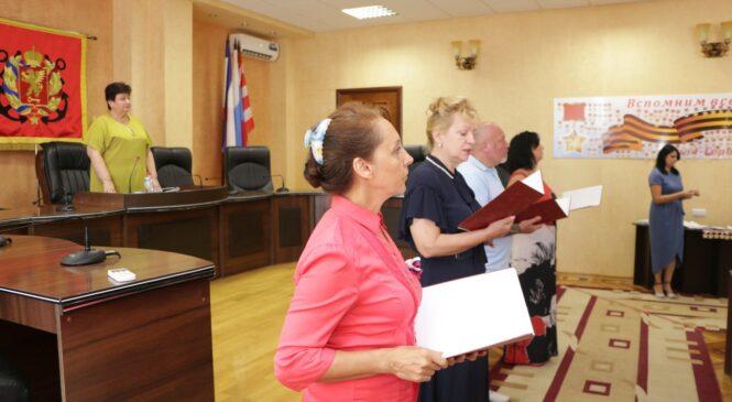 Депутаты завершили акцию «Вспомним всех поименно»