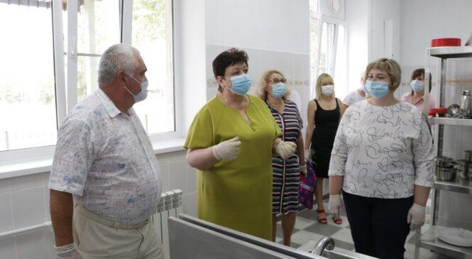 Глава муниципального образования осмотрела обновленный «Керченский технологический техникум»