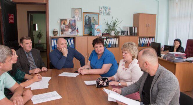 На комиссии по бюджету рассмотрели вопрос социальных гарантий сотрудников департамента труда