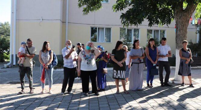 Депутаты Керченского горсовета от КПРФ поздравили с Днем знаний учащихся специальной школы-интерната