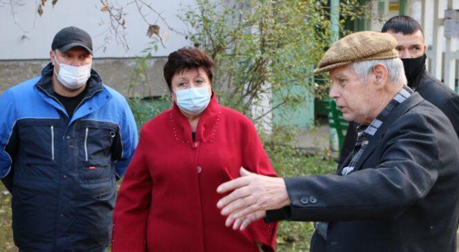 Глава муниципального образования приехала к инвалиду по обращению