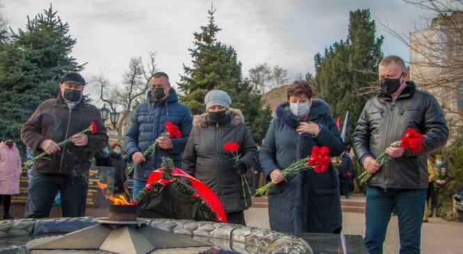 В Керчи почтили память воинов-интернационалистов