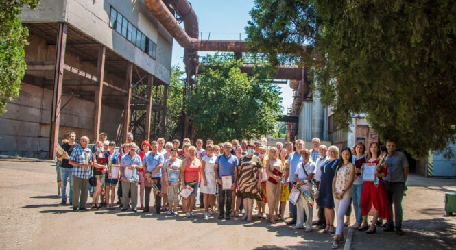 Глава муниципального образования поздравила металлургов с наступающим профессиональным праздником