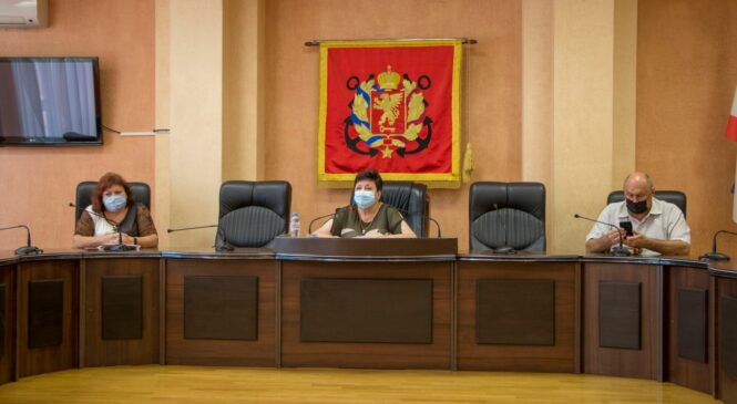 На 52 сессии горсовета принято решение о присвоении званий «Почетный гражданин города-героя Керчи»