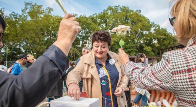 В ходе акции «Белый цветок» в Керчи 25 сентября собрали более 600 тысяч рублей